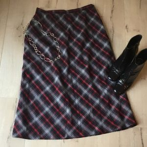 Sag Harbor - Classic plaid skirt!